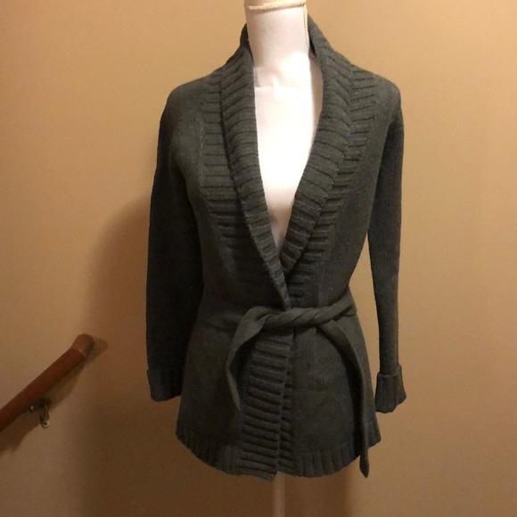 Old Navy - Old Navy Belted Cardigan from Carol's closet on Poshmark
